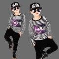 Hip Hop 2016 de Otoño de Los Niños Ropa Set Boys Rayas Streetwear baile Ropa Casual Tops + Harem 2 Unids Twinset G818