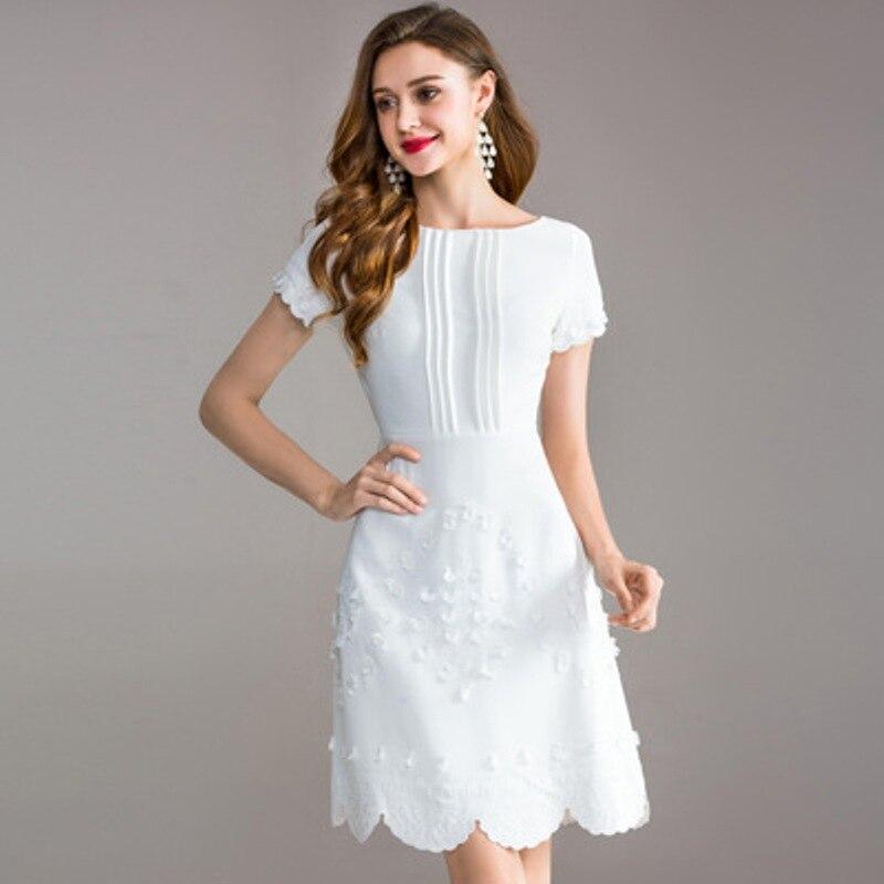Słodkie sukienki 2018 nowy sprężyna wysokiej jakości koronki sukienka na imprezę biały M XXXL modny haft kobiety odzież letnia sukienka trapezowa w Suknie od Odzież damska na AliExpress - 11.11_Double 11Singles' Day 1