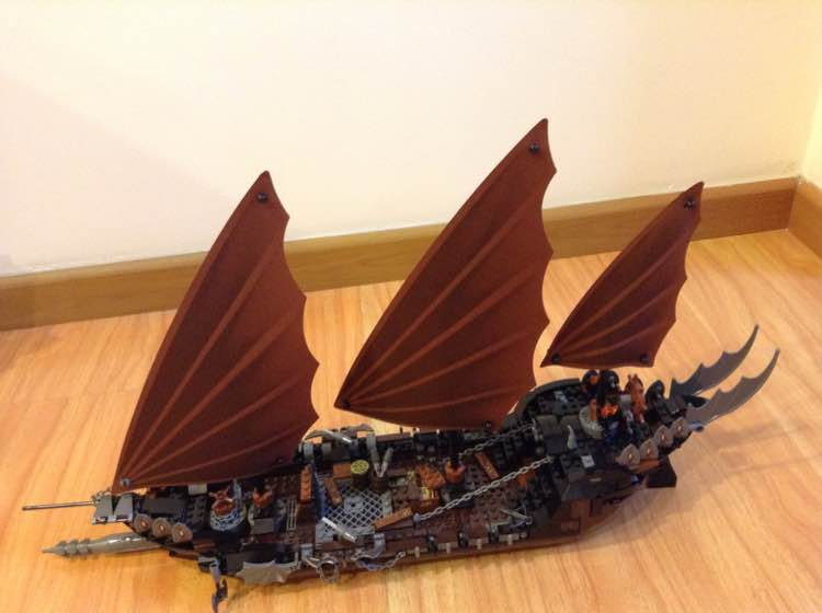 lepin Moive Series 16018 lord of rings The Ghost Pirate Ship Model Building Blocks Bricks Children Toys Christmas 79008 Gift lepin 22001 pirate ship imperial warships model building block briks toys gift 1717pcs compatible legoed 10210