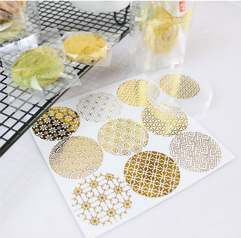 Купить с кэшбэком 90pcs/lot New Golden lace and transparent Gilding style Sealing sticker DIY Gifts Adhesive Stickers Seal Labels
