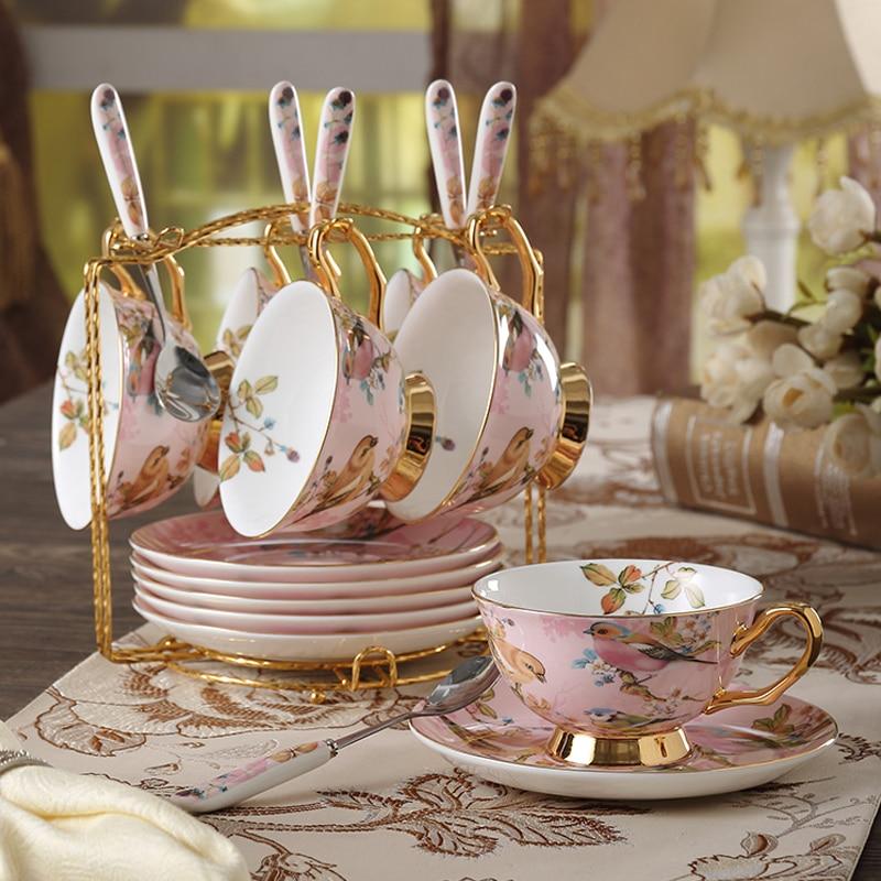 Ensemble de tasse à café en porcelaine de haute qualité européenne en céramique créative motif oiseau en céramique ensemble de tasse à thé l'après-midi avec des tasses à café cuillère