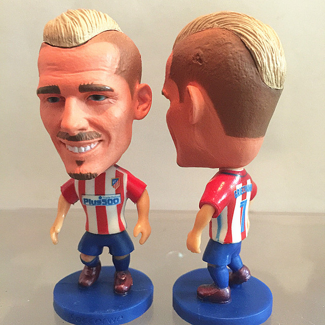 2016-17 Series 6.5*3.5 cm Resin Soccer Star 7 Madrid Atletico Doll Red White