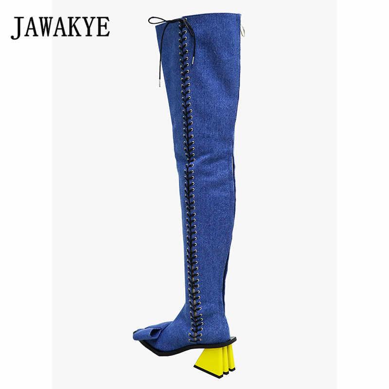 Cuissardes en cuir denim bleu de piste bowties deocor bout pointu croisé noué jaune étrange talon haut au-dessus des bottes au genou