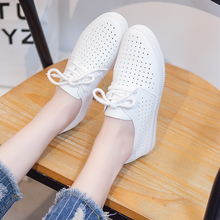 2018 Women Shoes Summer New Fashion Casual Flats PU Leather Mesh Simple Women Casual Girl Soft White Shoes Sneakers