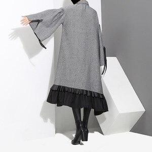 Image 4 - [EAM] 2020 새로운 봄 옷깃 긴 소매 붕대 솔리드 컬러 그레이 빅 헴 불규칙한 루즈 드레스 여성 패션 조수 JD717