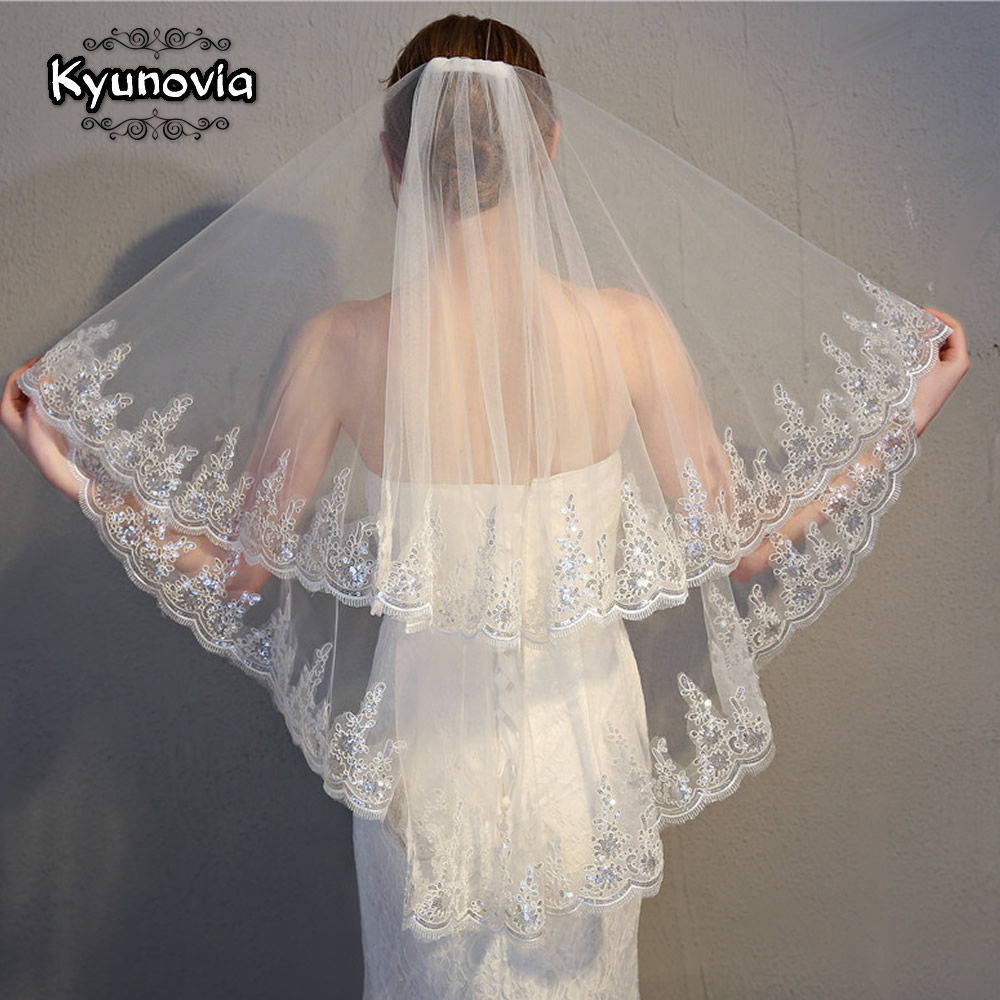 Kyunovia Bridal Veil  With Combs Elbow Length Veil Short Wedding Veils With Lace Appliques Sequin Veils Wedding Accessories D52