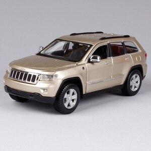 Image 5 - Maisto 1:24 Jeep Grand Cherokee SUV Diecast Modell Auto Spielzeug Neue In Box Freies Verschiffen 31205