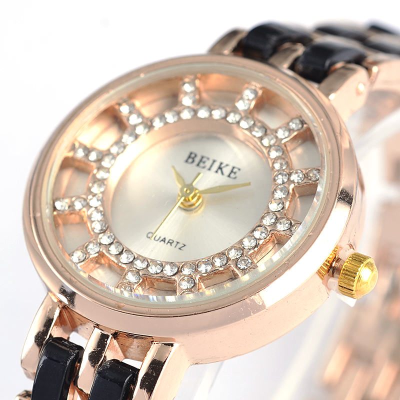 2019 Luxury Brand Bracelet Watches High Quality Shinning Upstart Steel Women Watches Rhinestone Designer Ladies Dress Watch
