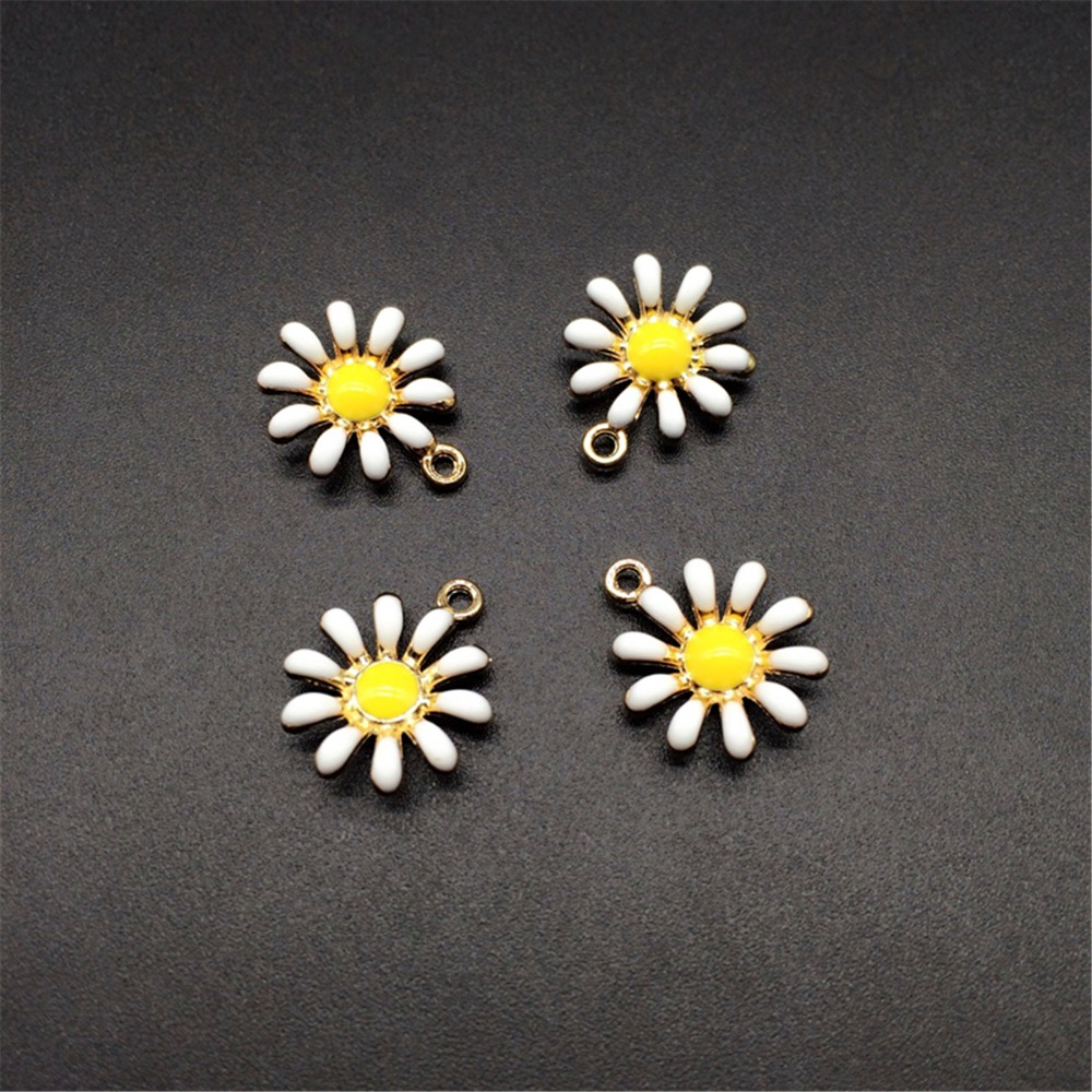 Wholesale 20PCS Beauty Lady Jewelry Gold Tone Sunflower Great Enameled Daisy Shape Alloy Charm Necklace Pendants Jewelry Crafts