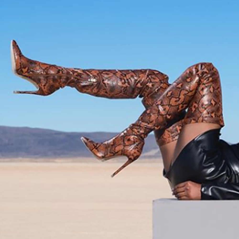 2019 חדש אופנה נחש גבוה מעל הברך מגפי נשים נעלי הבוהן מחודדת סופר דק עקבים גבוהים מגפיים ארוכים bottine Femme