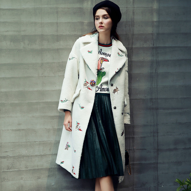 2017 Новая Мода Корейский Стиль Блудниц Пальто Вышивка Turn Down Воротник Женщин Пальто Белый Длинное Пальто Женщин Casaco Feminino