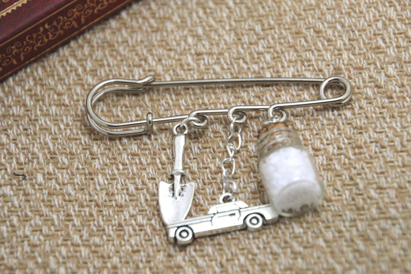 12pcs Supernatural inspired salt bottle protection themed charm kilt pin brooch (38mm)