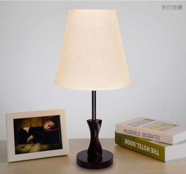 Современный минималистский моды деревянный спальня тумбочка прикроватная лампа теплые гостиная лампы освещения ткань ZH