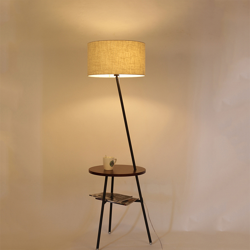 DF Kvaliteetne põrandalamp