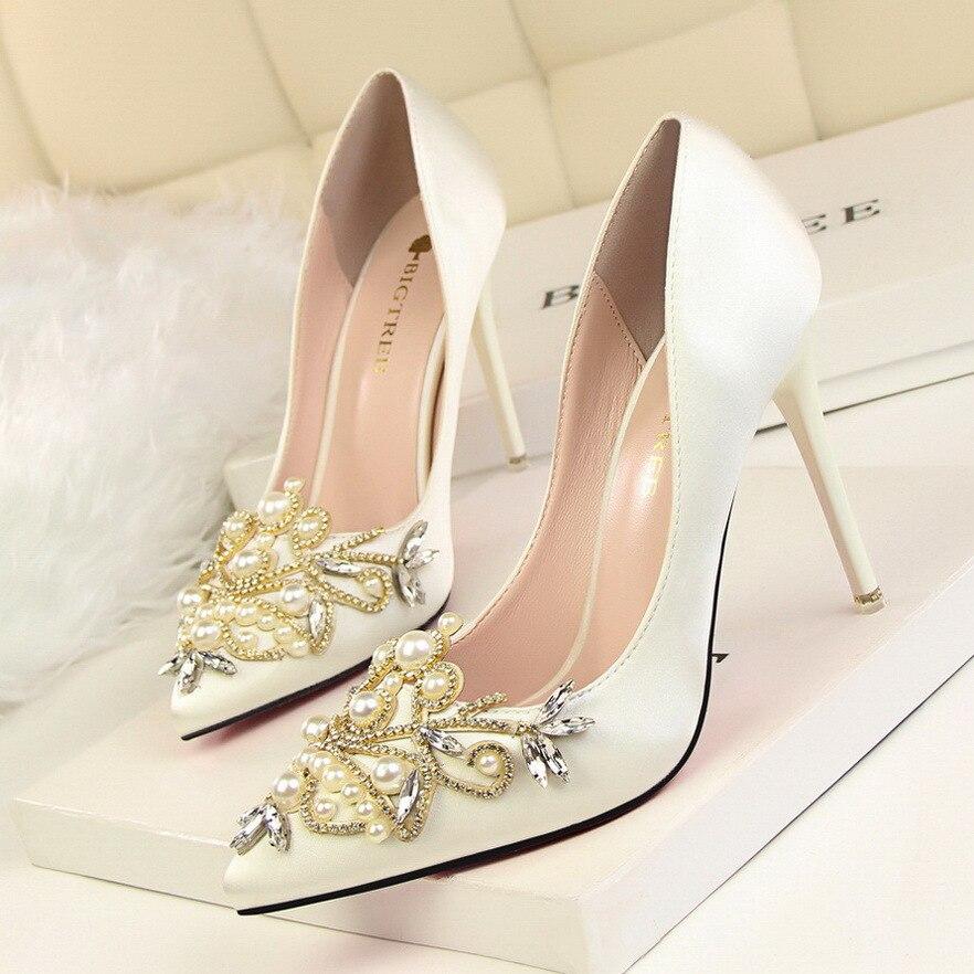 púrpura Zapatos Diamantes 2019 Tacón Alto Imitación De Negro Baja Elegante Banquete gris rosado Sexy Mujer Boca rojo Señaló Perlas Satén qrwtrUO