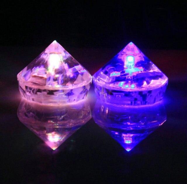 20pcslot luminous diamond shape ice cube changing color led flashing ice cube glowing light