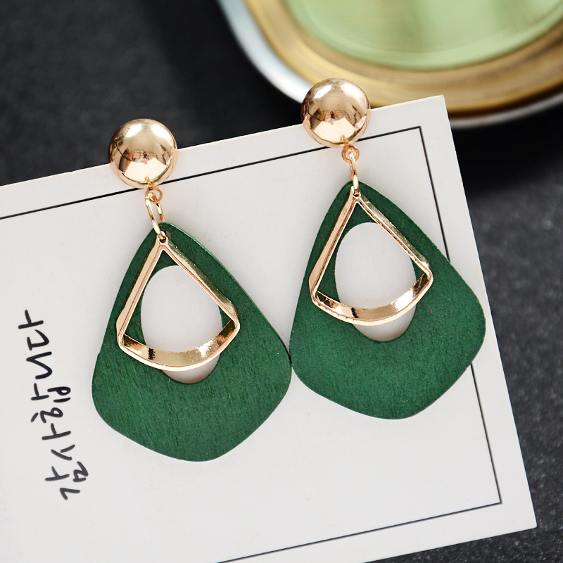 EK152 Hot Sale Vintage Women's Fashion Statement Earring Red Green Brown Black Color Long Wooden Brincos Wedding Party Gift