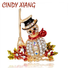 Lovely Snowman Brooches for Women Fashion Jewelry Zinc Alloy and Gold Plated Inlay Shiny Rhinestone Girls Christmas Gift