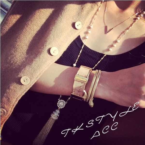 YUN RUO Yellow Rose Oro Argento Colori V Forma Pendente Della Collana per la Donna Ragazza Regalo di Modo 316 L In Acciaio Inox Gioielli di Marca