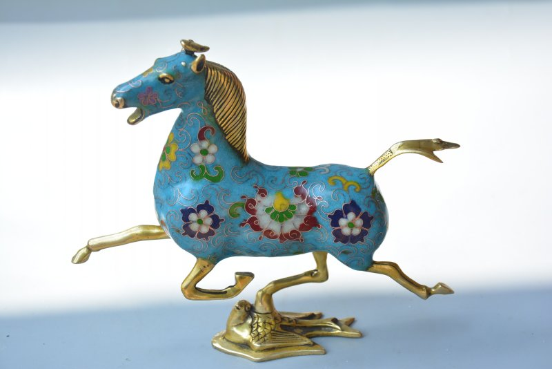 Collectable Qing Dynasty Cloisonne Horse riding swallows statue,Free ShippingCollectable Qing Dynasty Cloisonne Horse riding swallows statue,Free Shipping