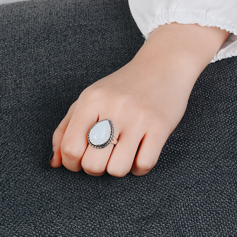 925 Anillos Silver Retro Fashion Milky White Moonstone Ring Shaped Zircon Jewelry Wholesale Lots Bulk Chanukah Wholesale