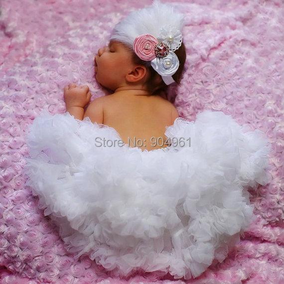 Cumpleaños del bebé del petti de la falda de color blanco sólido falda muy suave y esponjoso bebé christen