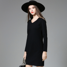 2017 Autumn Winter Women Plus Size Simple Dresses Lady Elegant Long Sleeves Dress Women's Black Red V-Neck Large Size Clothing