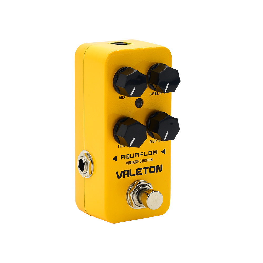 все цены на Valeton Effect Pedal Vintage Analog Chorus Bass Electric Guitar Effects Pedal Ture Bypass Lush Warm Tone Aquaflow CCH-1