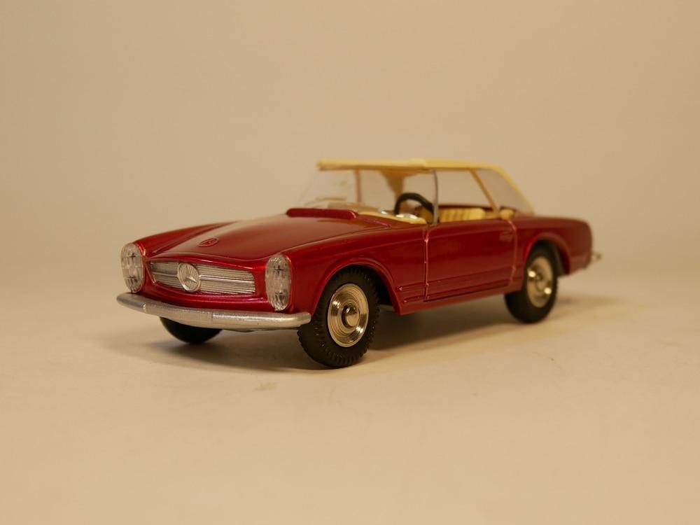 Set of 6 Dinky Toys Triumph Bedford Fiat Ford Jaguar VW 1:43 Diecast Modellauto