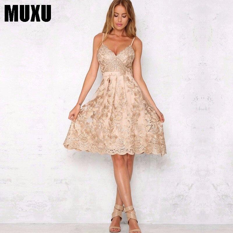 MUXU été nouvelle broderie dentelle jarretelle robe évider dos nu or robe vestidos jurken maille robe d'été robes à la mode
