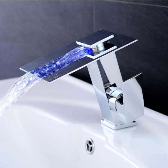 Новое поступление Латунь Chrome горячей и холодной Однорычажный кран для бассейна кран для раковины ванной комнаты