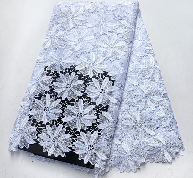 2019 Latest White Nigerian Laces Fabrics With Stones High Quality Tulle African Laces Fabric Wedding African French Tulle Lace