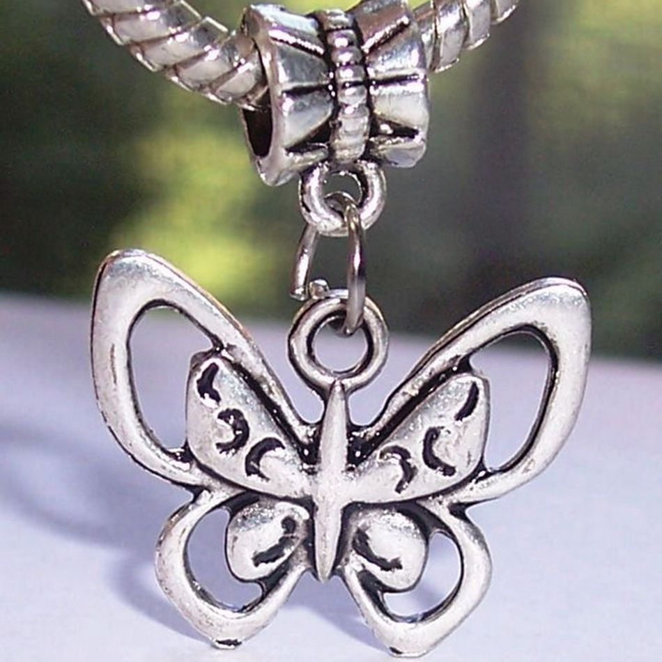 100pcs Antique Silver Butterfly Bug Garden Insect Dangle Charms Beads fit European Style Bracelets 28.5x21mm ZH984 ...