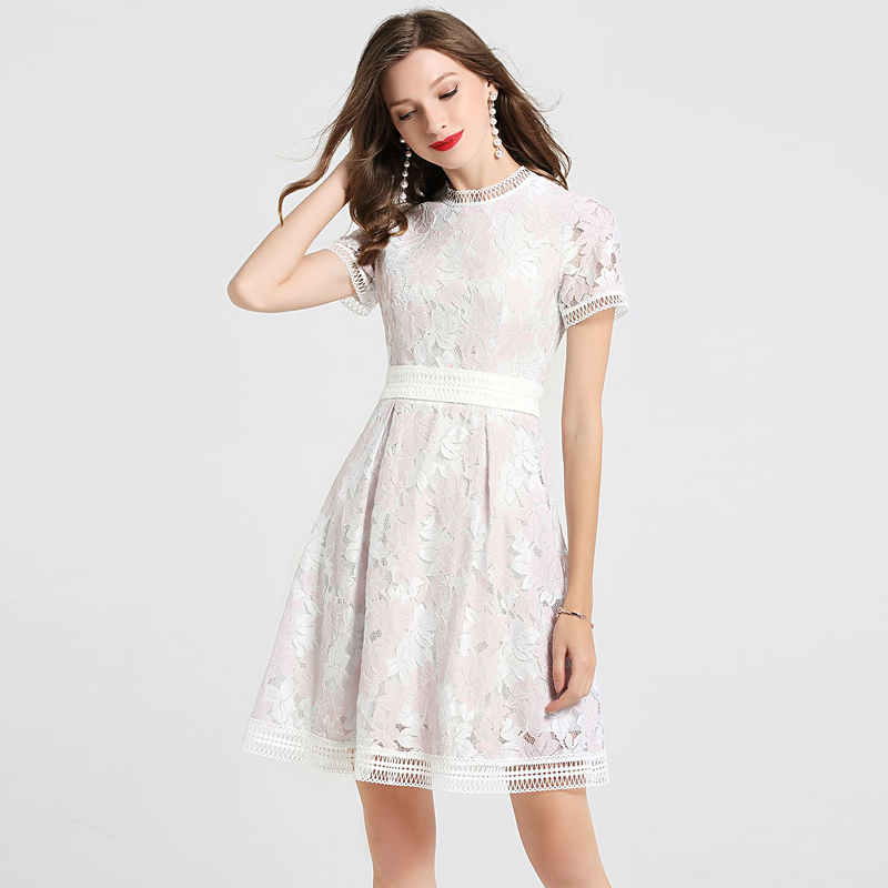 Milan Runway High Quality 2018 Spring Summer New Women Fashion Party Sweet Sexy Hollow Out Vintage Elegant Chic Lace Dress