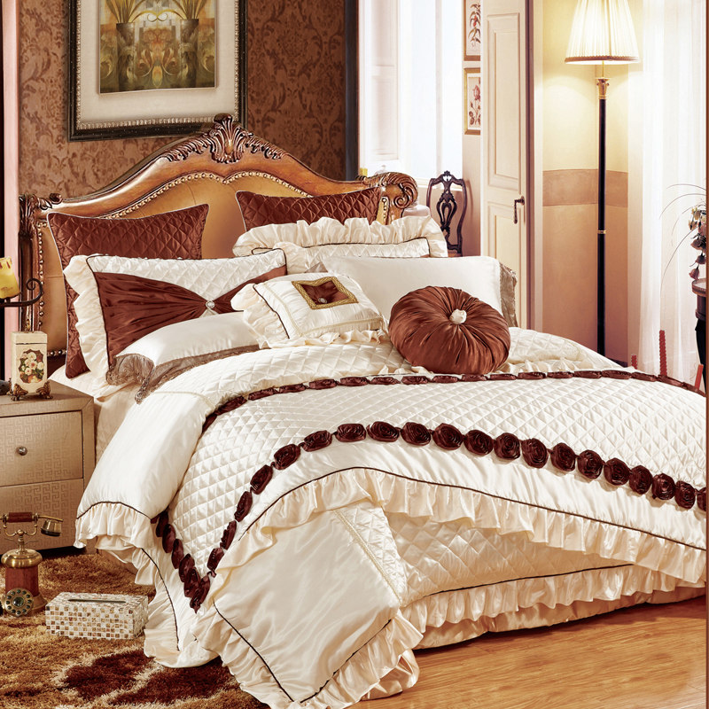 Solid brown embroidered flowers slippery 11pcs bedding bedspread linens silk/cotton fabric King Size duvet cover set bed flagSolid brown embroidered flowers slippery 11pcs bedding bedspread linens silk/cotton fabric King Size duvet cover set bed flag