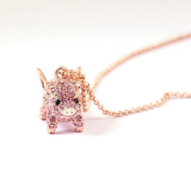 European and American jewelry cute flying piglet Necklace rose gold short chain clavicle chain necklace