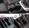 Novo Design De Fibra De Carbono Suporte de Copo Moldura Decorativa Capa Guarnição S/RS/S linha Emblema Adesivo Para Audi A4 B8 09-15 A5 Car Styling