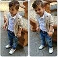 Розничная Мода Осень 2-6Y мальчики одежда 3 шт. детская одежда установить длинные рукава поло футболки + khakisuit пальто + джинсы детская одежда