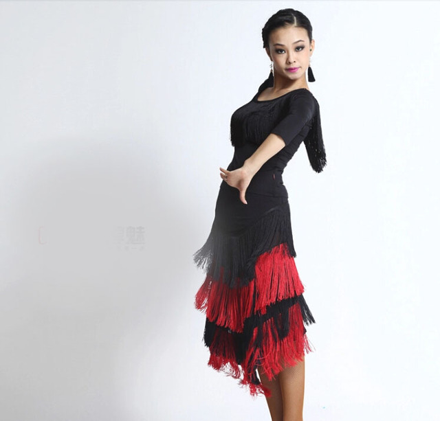 Lujo mujeres señora traje de baile latino competencia borlas traje para  dancer latin dance ropa tiene fb1a0d4bade