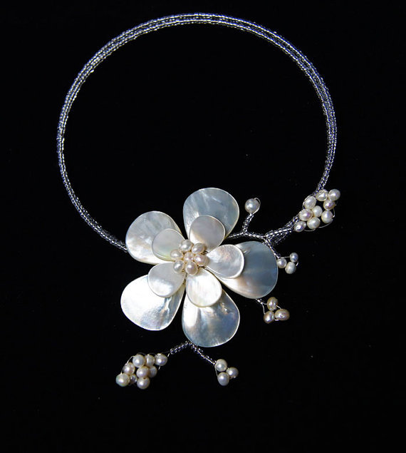 Custom Order,bridesmaid gifts,Beaded Jewelry,Pearl Necklace,Choker With MOP Shell Freshwater Pearl Wired Flower