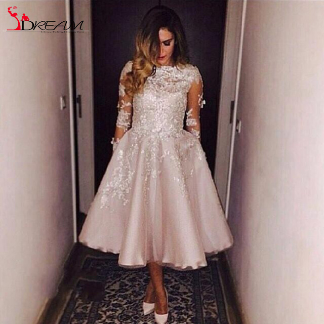 Sheer Homecoming Dresses With Half Sleeve lace Applique bateau Tea Length Party Graduation Gowns Champagne Modest Evening Gown
