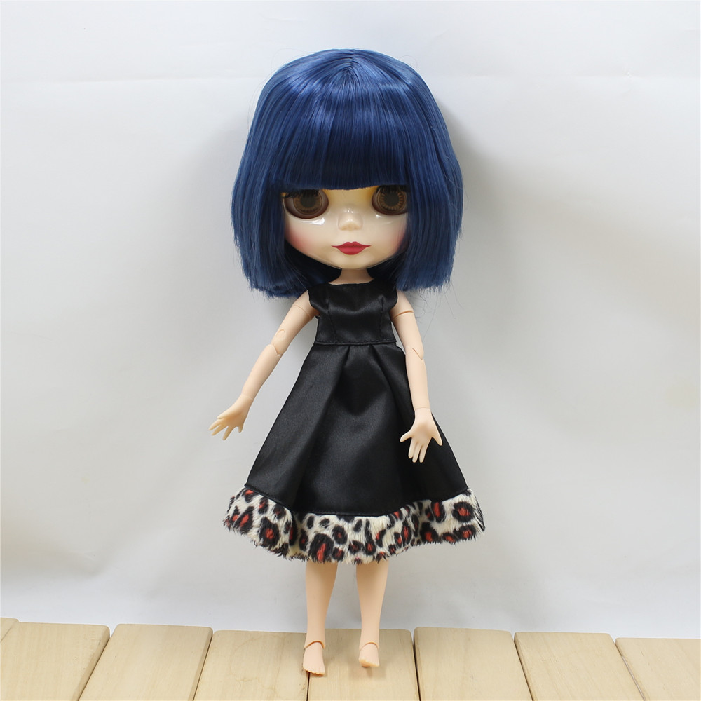 Neo Blythe Doll with Blue Hair, White Skin, Shiny Face & Jointed Body 1