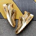 2017 Bling Das Mulheres Da Forma Sapatas Do Esporte Mulher Tênis Casuais Sapatos Respirável Air Mesh Sapatos de Ouro Preto Mulheres Formadores