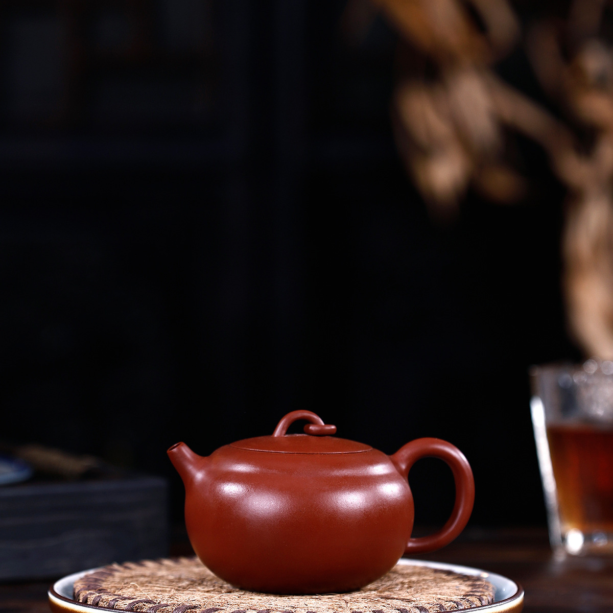 Manual Raw Ore Bright Red Robe The Moon Kettle Kungfu Online Infusion Of Tea Kettle Tea Set To Work In An Office Suit GiftManual Raw Ore Bright Red Robe The Moon Kettle Kungfu Online Infusion Of Tea Kettle Tea Set To Work In An Office Suit Gift