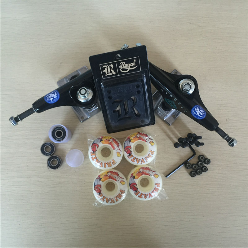 Peças de skate REAL 5.25 Caminhões Do Skate 51mm 52mm Rolamentos de Skate Rodas & ABEC 7 Plus Royal Almofadas de Riser & UM Conjunto de Hardware - 4