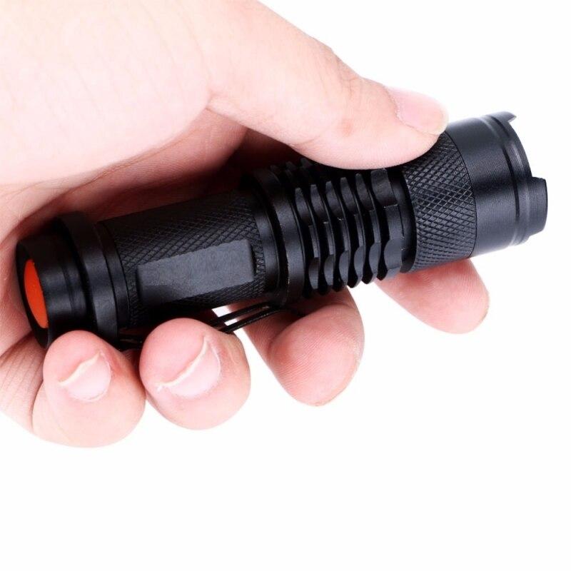 T6 LED 5-Modus Zoomable Im Freien Taktische Taschenlampe mit Clip