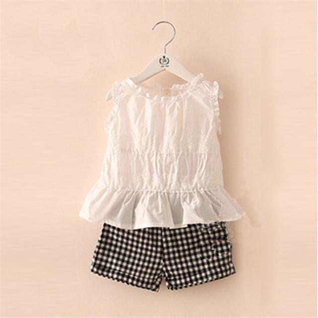 Miúdo Meninas verão Rendas T-shirt Curto Calça Xadrez Meninas Do Bebê Cor Sólida Colete Das Meninas Conjuntos de Roupas de Moda 6092