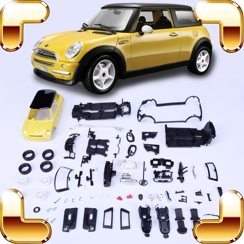ФОТО Christmas Gift Mini C 1/24 Model Assembly Car Sedan Vehicle Scale Collection DIY IQ Game Education Fun Toys Decoration Present