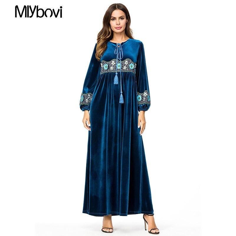 Nouvelle grande taille robe musulmane broderie bleu marine velours décontracté Abaya arabe vêtement Dubai caftan femmes musulmanes longues Maxi robes 4XL