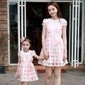 Лето семья одежды falbala с коротким рукавом мать и дочь платья девушки женщин платье родители-потомки девушки ну вечеринку платье